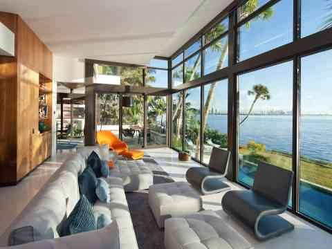 Living Room Design Glass Walls Waterfront Home