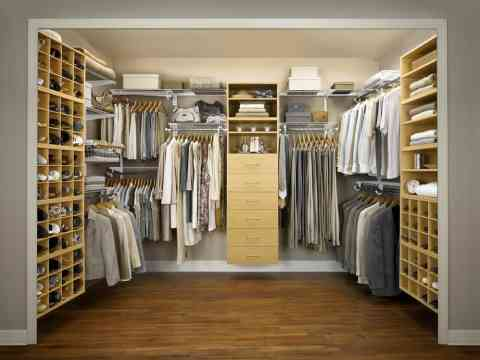 Outstanding Walk In Closet Design