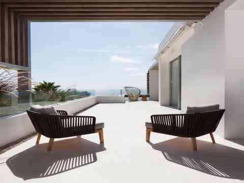 Terrace Glass Balustrade  And Chairs Design