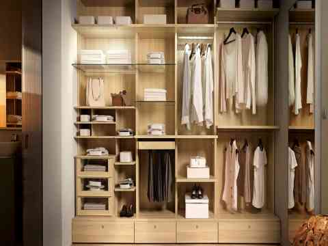 Walk In Dressing Closet Design